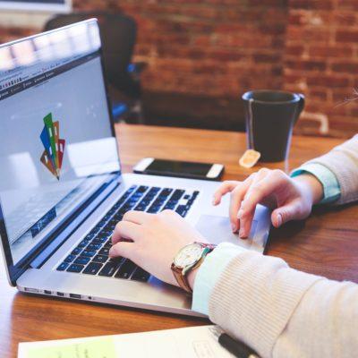 CANVA – tworzenie prezentacji multimedialnej i materiałów graficznych